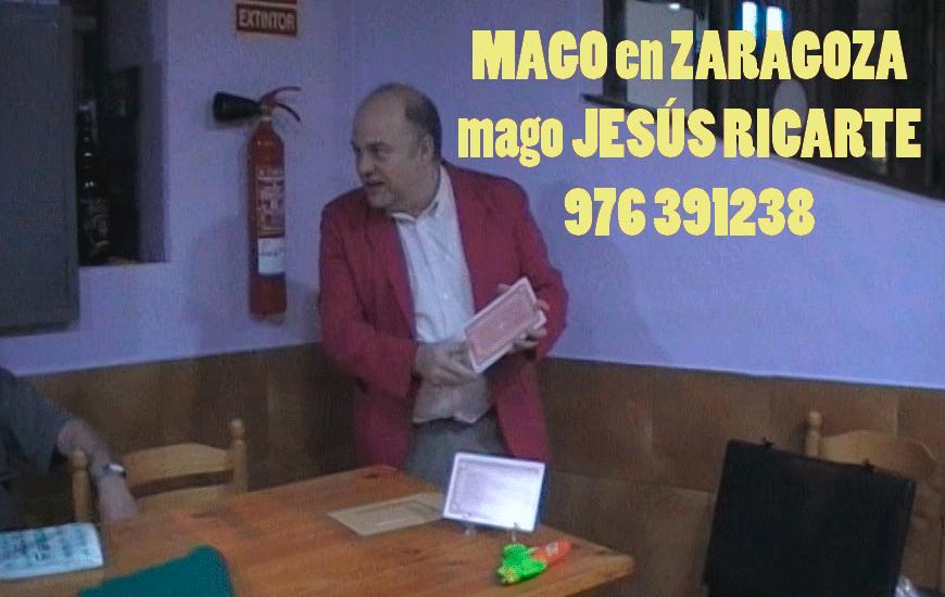 Magia divertida para los amigos en Zaragoza Huesca y Teruel Mago Jesús Ricarte